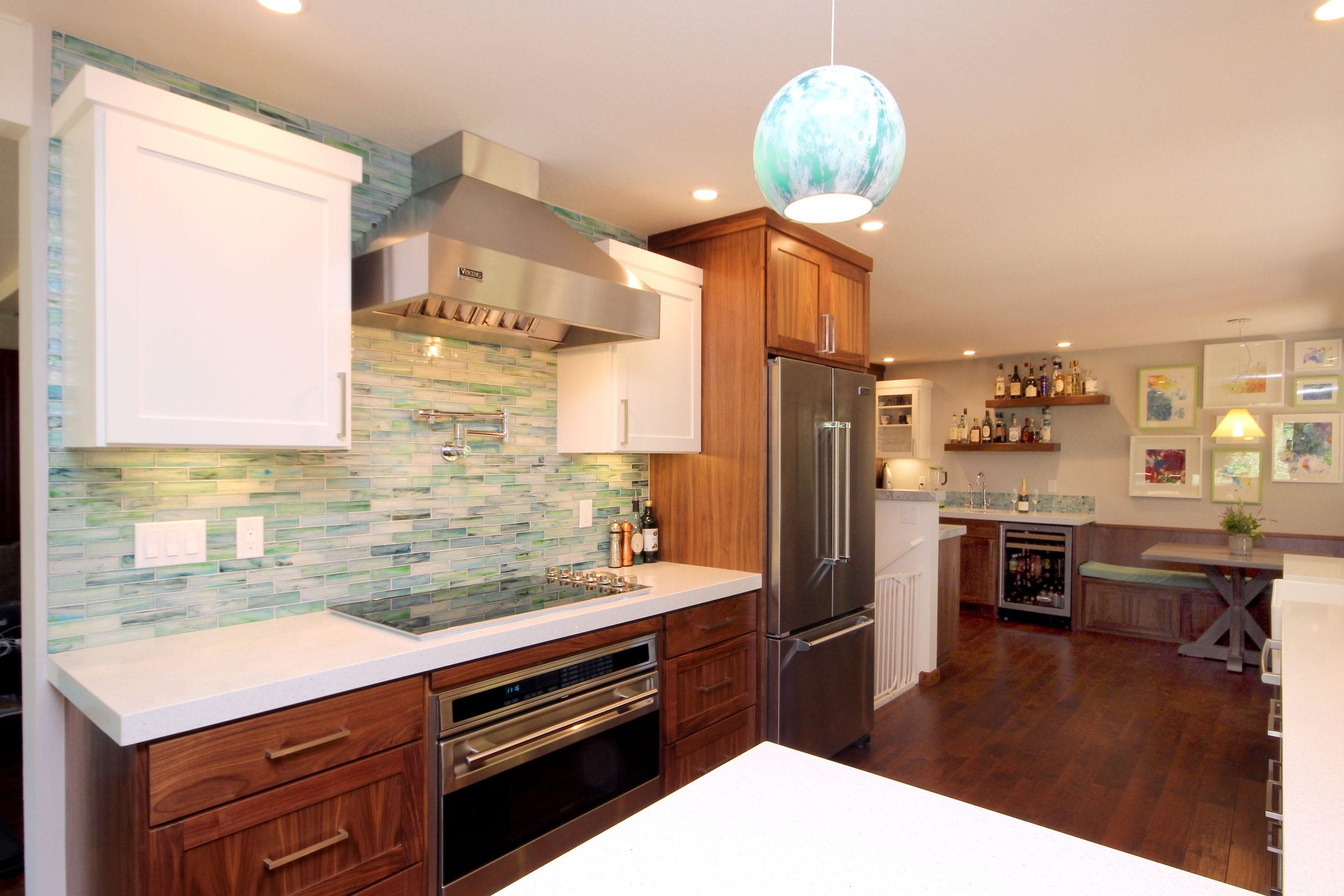 A KISS OF CONTEMPORARY | SCOTTS VALLEY KITCHEN REMODEL